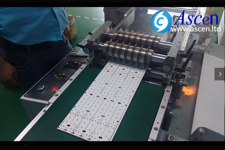 High precision multi PCBs cutting machine separation